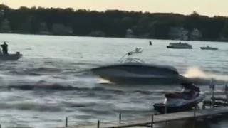 Runaway Boat On Indiana Lake Leaves Four Injured - Video