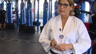Free self-defense class empowering women - Video