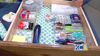 How to organize your junk drawer - Video