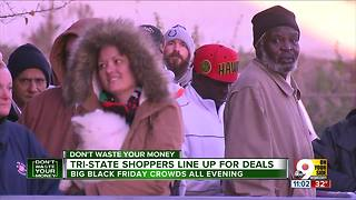Tri-State shoppers line up for deals - Video
