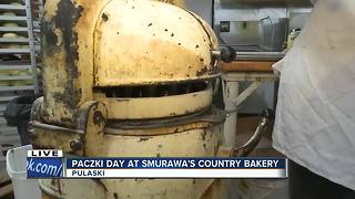 Celebrating fat tuesday with a Paczki - Video