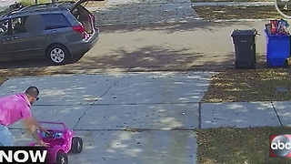 Caught on camera stealing toys - Video