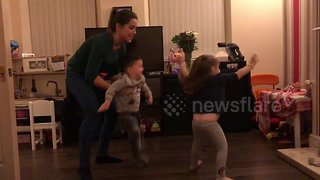 UK boy with cerebral palsy learns to dance ballet with sister - Video
