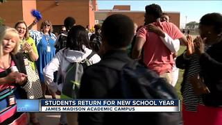 Early start for some Milwaukee Public school students - Video