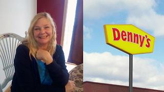 Denny's Customer Shocked By Rude Note - Video