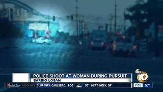 Police shoot at woman during pursuit - Video