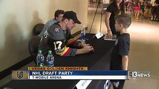 Parents bring kids out to support Golden Knights - Video