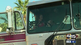 Garbage truck-loving Phoenix girl gets special treat