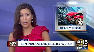 Woman killed in west Phoenix crash