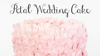 Pretty petal wedding cake - Video