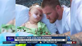 Help for three-year-old injured in fatal crash - Video