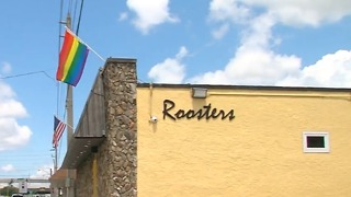 Roosters in West Palm Beach sending 30 people to Pride March in D.C. - Video
