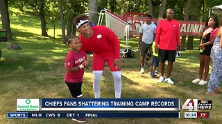 Fans flock to Chiefs training camp