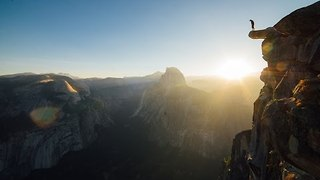 Daredevil Takes Ultimate Risk to Capture Amazing Scenery at Yosemite - Video