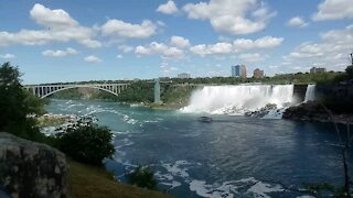 Niagara Falls with rambow bridge