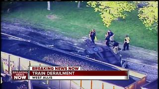 Crews fixing derailed train in West Allis - Video