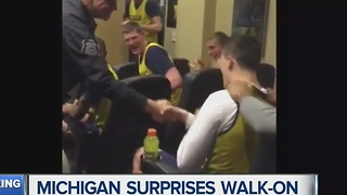 Michigan basketball team scares walk-on Andrew Dakich, then awards him scholarship - Video