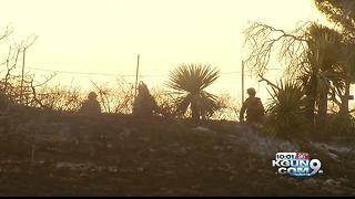 Evacuees return home after Los Encinos Fire - Video
