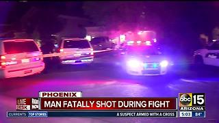 Man shot, killed during fight in Phoenix - Video