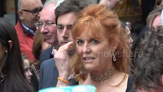 Sarah, Duchess of York attends 'Wind In The Willows' premiere - Video