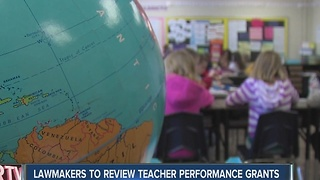 Lawmakers review teacher performance grants - Video