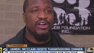 Ravens Jameel McClain hosts Thanksgiving dinner for community - Video
