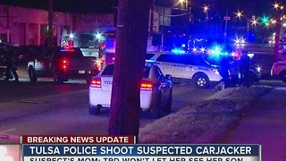 Suspected carjacker shot by Tulsa Police - Video