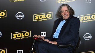 Peter Mayhew Remembered By 'Star Wars' Stars