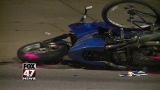 2 injured after accident in Lansing