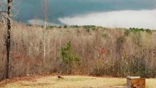Funnel Cloud Seen in Northeast Mississippi - Video