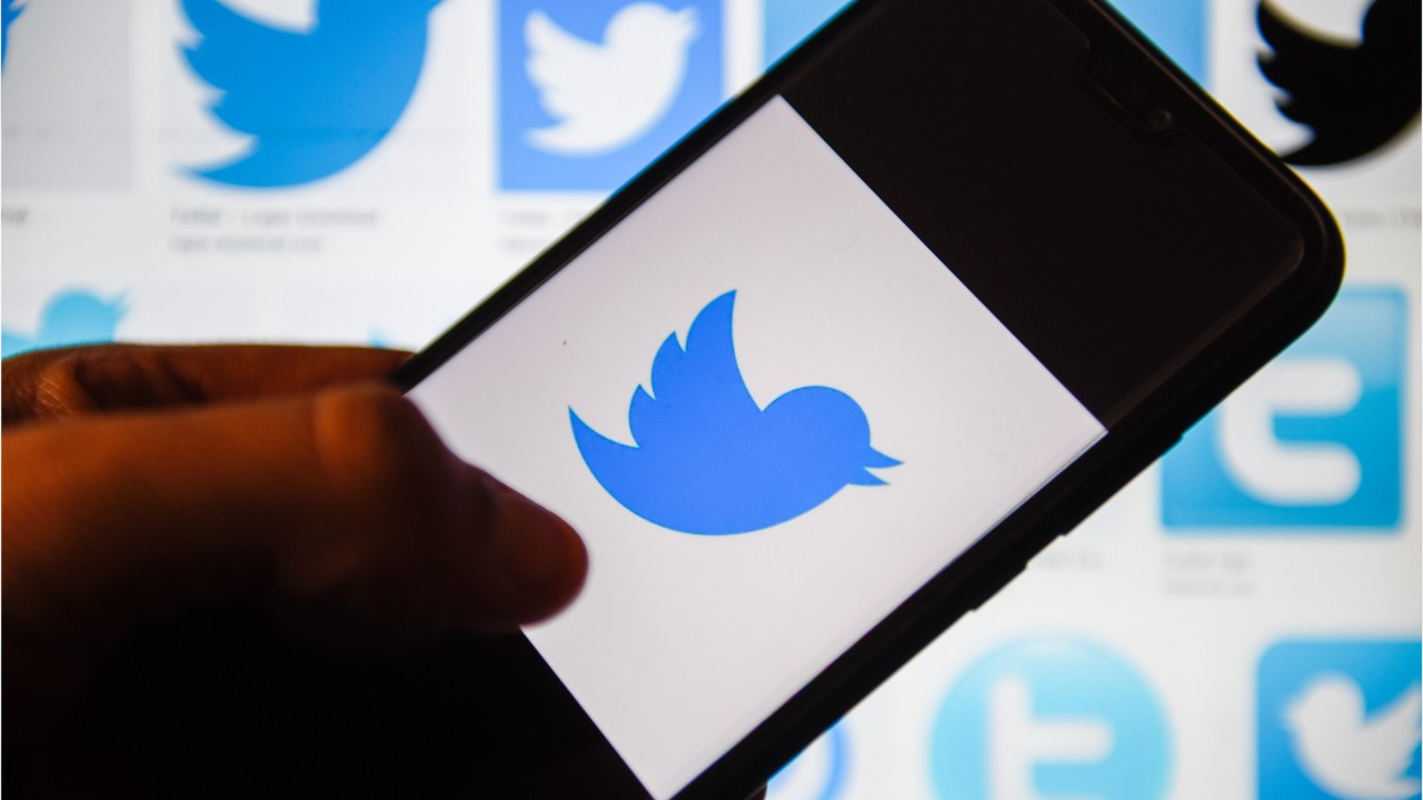 Twitter details political ad ban
