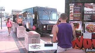 Mobile munchies! St. Pete Beach considers new food truck rules - Video