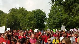 North Carolina Teachers Rally Over Wages, Education Funding - Video