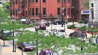 Milwaukee Federal Courthouse Shut Down After Man Arrested - Video