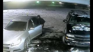 Woman carjacked in Coney Island parking lot in Detroit