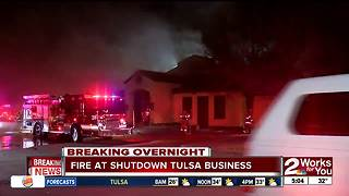 Tulsa Firefighters battle fire at a shutdown business - Video