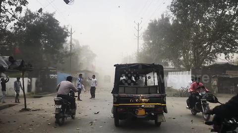 Severe dust storm hits Bhopal, India