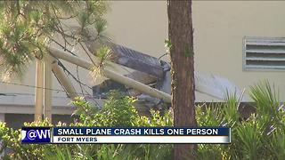 Small plane crash in Fort Myers - Video