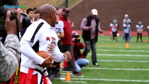 Wounded Warrior Amputee Football Team Takes on NFL Alumni