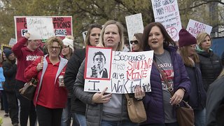 Oklahoma Teachers Frustrated After Union Ends Walkout - Video