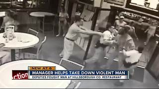 Hooters manager helps deputies take down violent man - Video