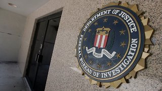 Controversial FBI Agent Says He's Willing To Testify Before Congress - Video