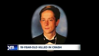 Orchard Park teen killed in one-car crash - Video