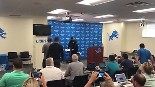 Detroit Lions Head Coach Matt Patricia starts training camp on knee scooter