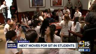 Students planning next moves after sit-in at governor's office - Video