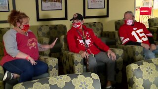 KC metro family reunites to watch Chiefs playoff game