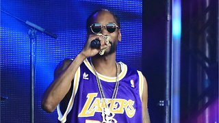 Snoop Dogg Says He's Selling His LA Lakers Booth Seats For $5