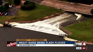 Heavy flooding in Okalahoma - Video