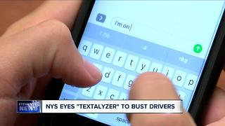 New York eyes 'textalyzer' to bust drivers - Video