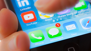 New scam targeting Apple users will give criminals access to all of your info - Video